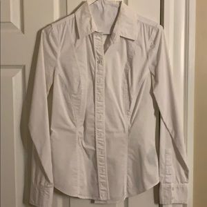 le chateau fitted white blouse size XXS